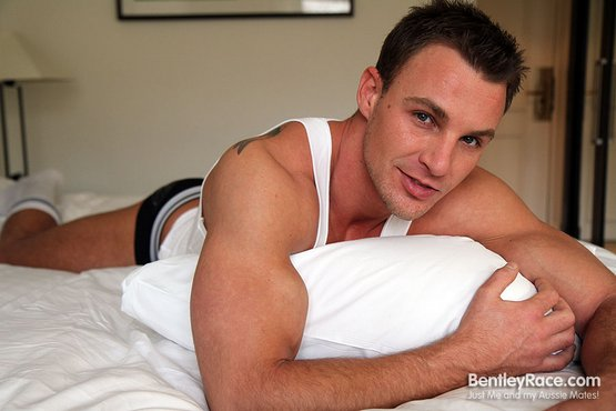 male gay escort austin
